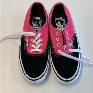 Nwot vans pink black pro